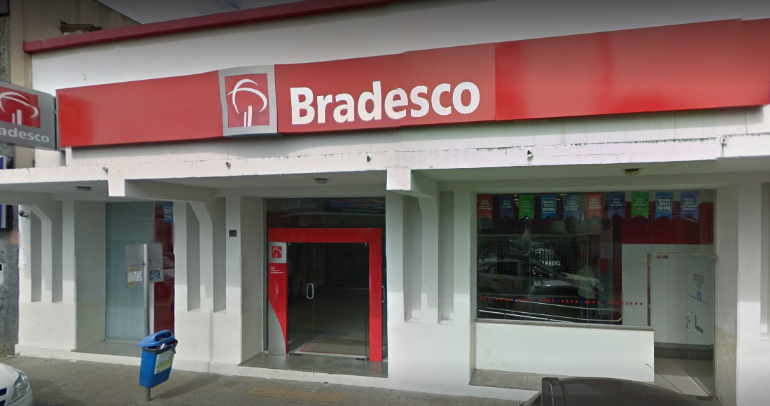 separation shoes 11514 608b5 Agência do Bradesco de Catalão foi condenada a pagar multa de R  1 milhão  de reais. Foto  Reprodução Google Maps