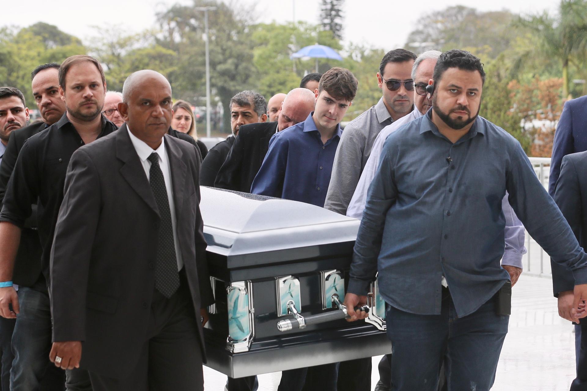 VELÓRIO DO APRESENTADOR GUGU LIBERATO É INICIADO NA ASSEMBLEIA LEGISLATIVA DE SÃO PAULO