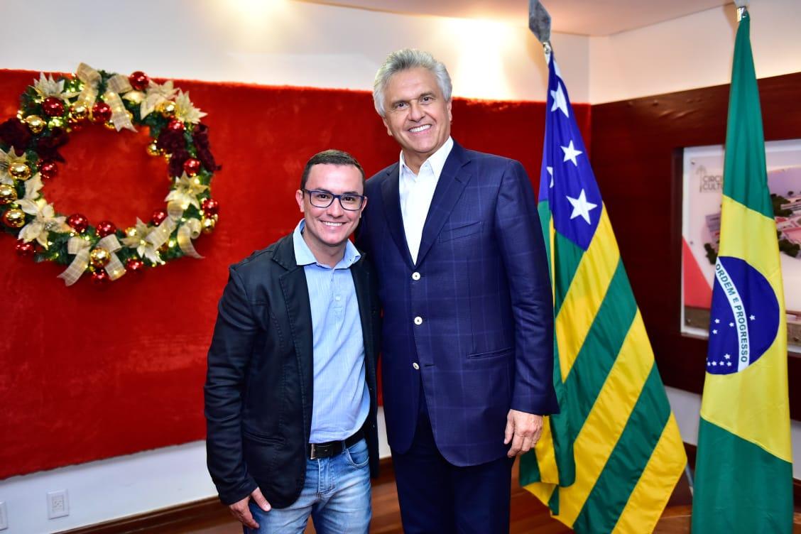 BADIINHO DO BLOG PARTICIPA DE ALMOÇO COM O GOVERNADOR RONALDO CAIADO (DEM); 100 REPRESENTANTES DA IMPRENSA DO INTERIOR ESTIVERAM PRESENTES
