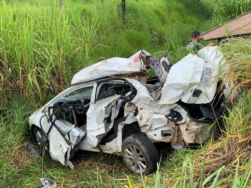 MOTORISTA DE 43 ANOS DE IDADE MORRE EM CAPOTAMENTO NA GO 330, ENTRE CATALÃO E IPAMERI