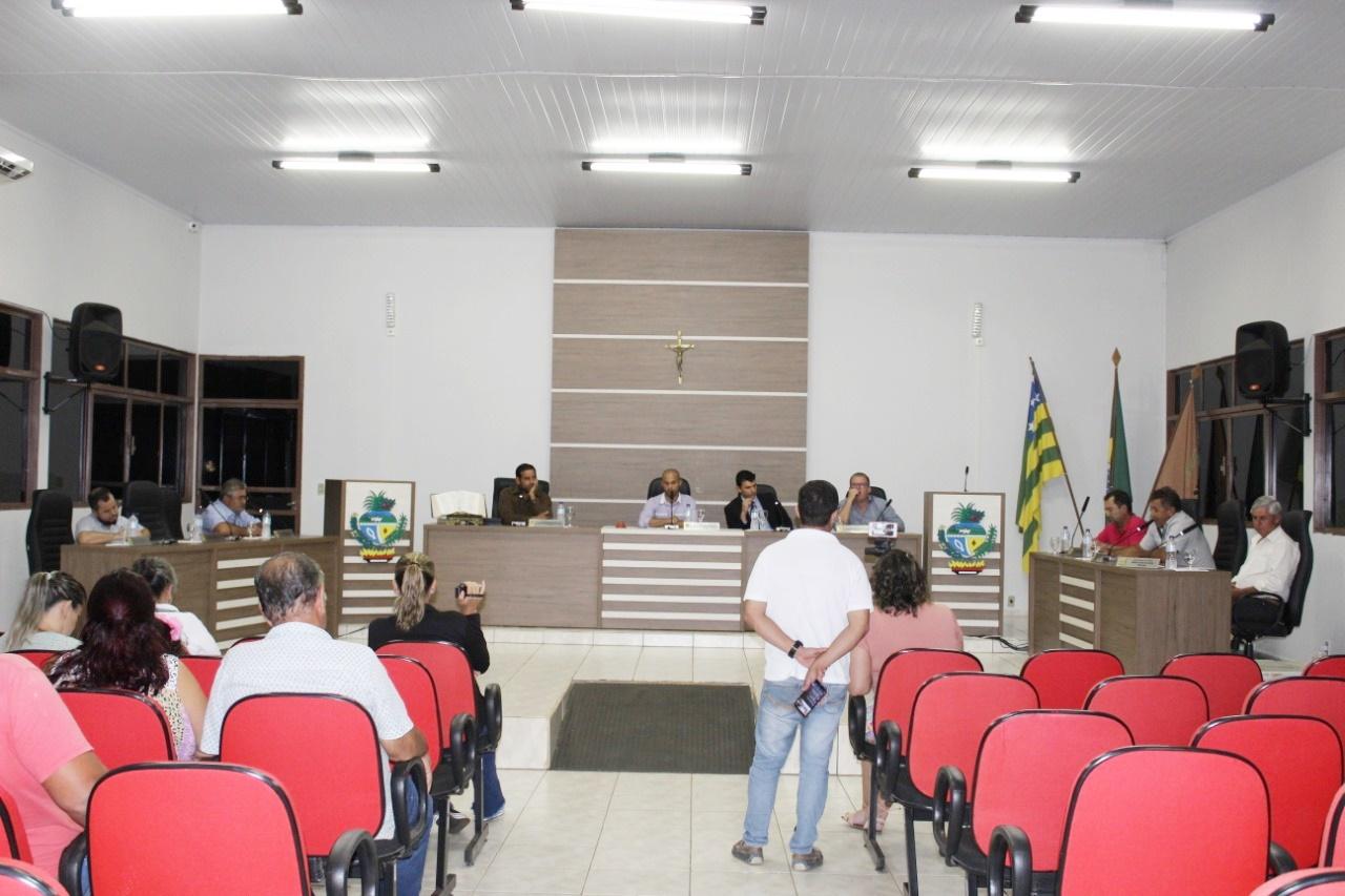 DEPOIS DA NOVA MESA DIRETORA TOMAR POSSE, VEREADORES DE OUVIDOR VOLTARAM AOS TRABALHOS LEGISLATIVO NA ÚLTIMA SEGUNDA-FEIRA (17)