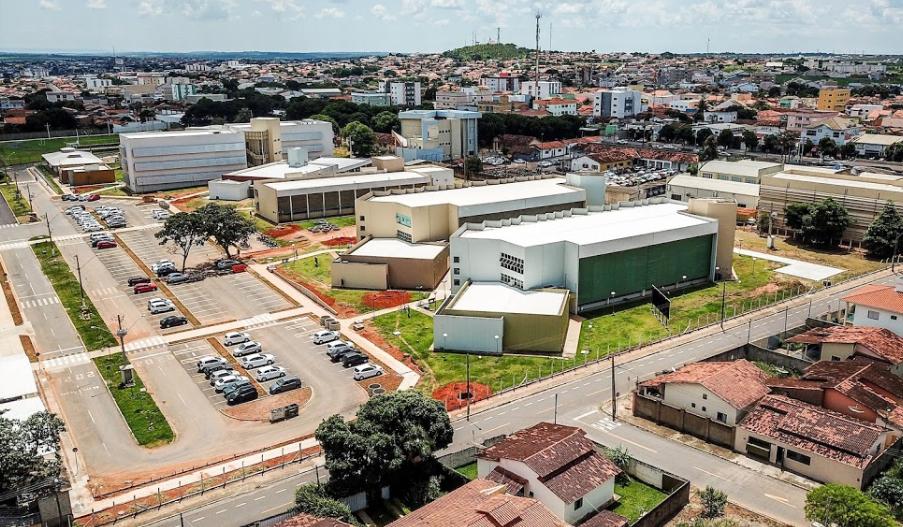 DIVULGADO EDITAL DE PROCESSO SELETIVO NA UNIVERSIDADE FEDERAL DE CATALÃO (UFCAT); VAGAS SÃO PARA PROFESSORES