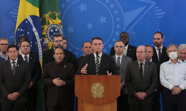 BOLSONARO DIZ QUE NÃO HOUVE INTERVENÇÃO POLÍTICA NA POLÍCIA FEDERAL; PRESIDENTE CONCEDEU COLETIVA PARA FALAR SOBRE A DEMISSÃO DE SÉRGIO MORO